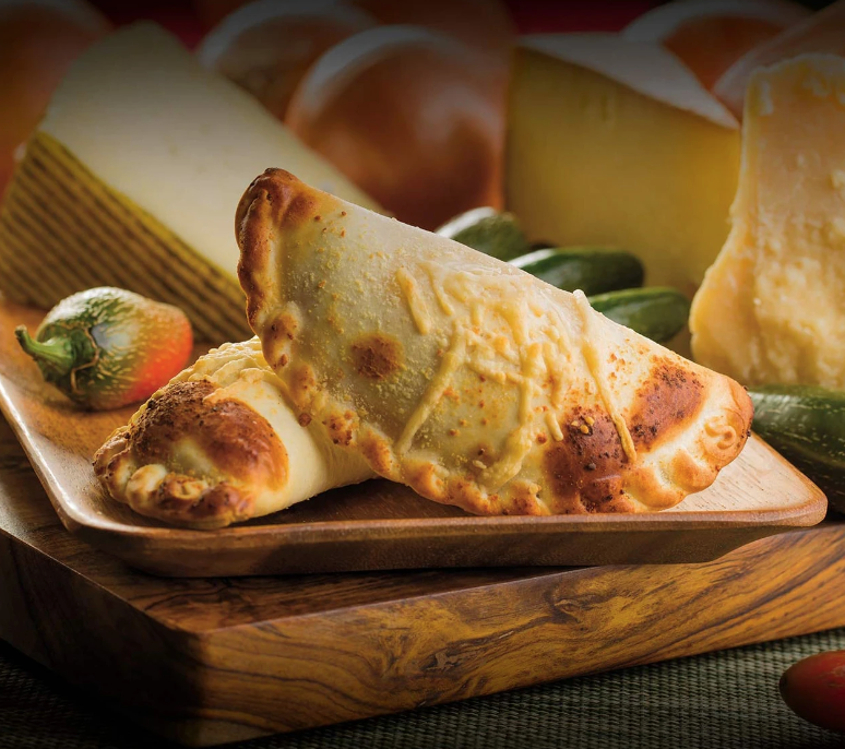 nuchas empanadas catering spicy cheese
