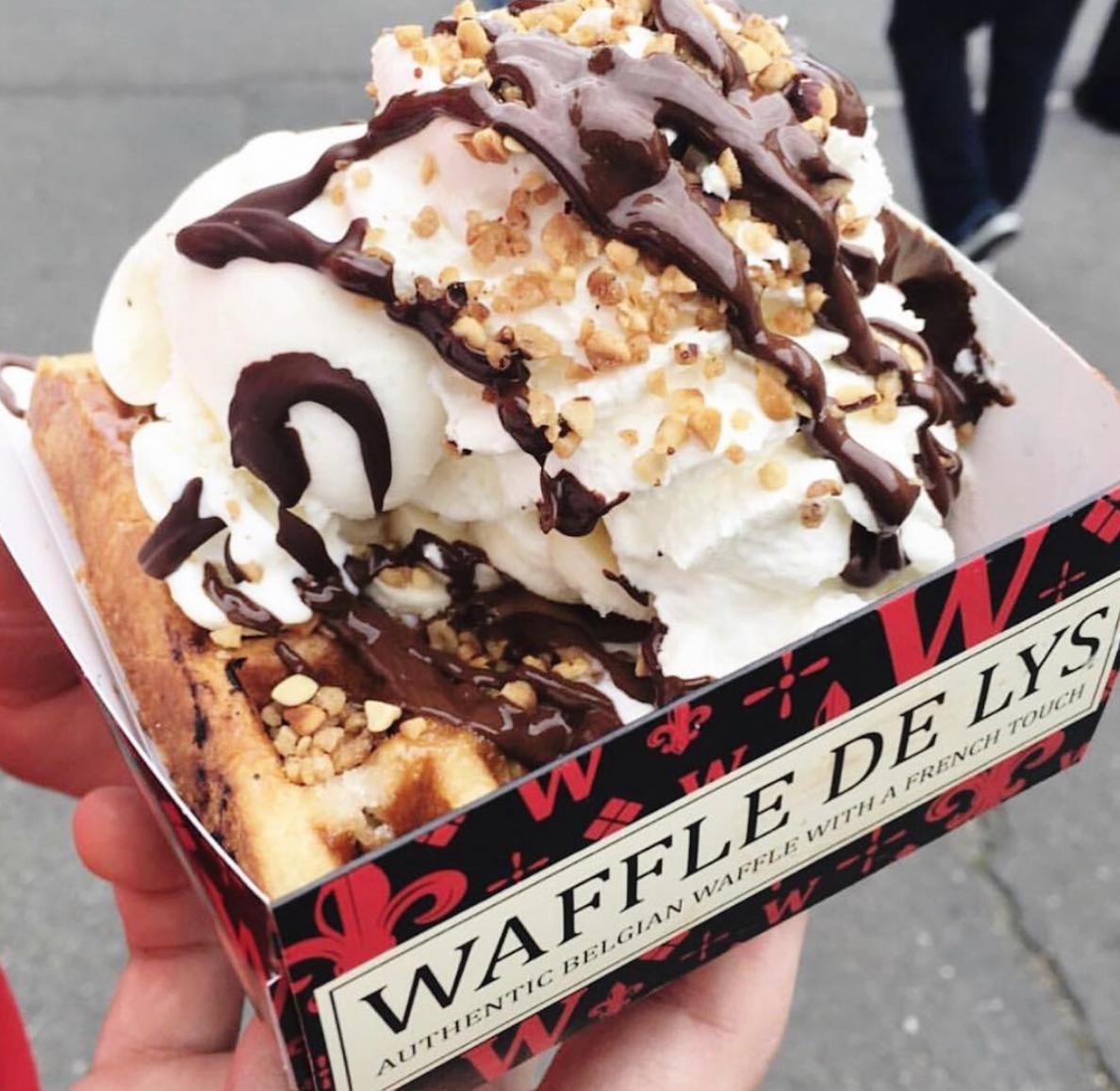 Waffle de Lys Belgian Waffle