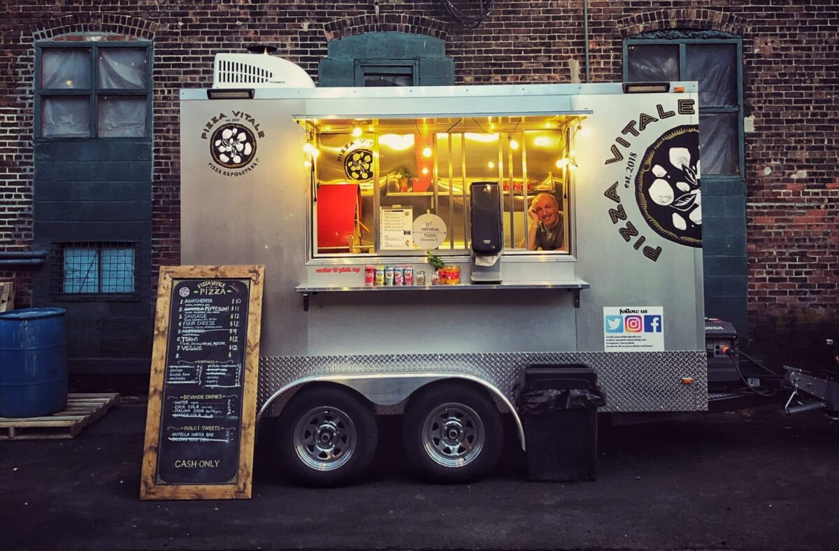 Food Trucks vs. Carts vs. Trailers: Which One Is Right for You?