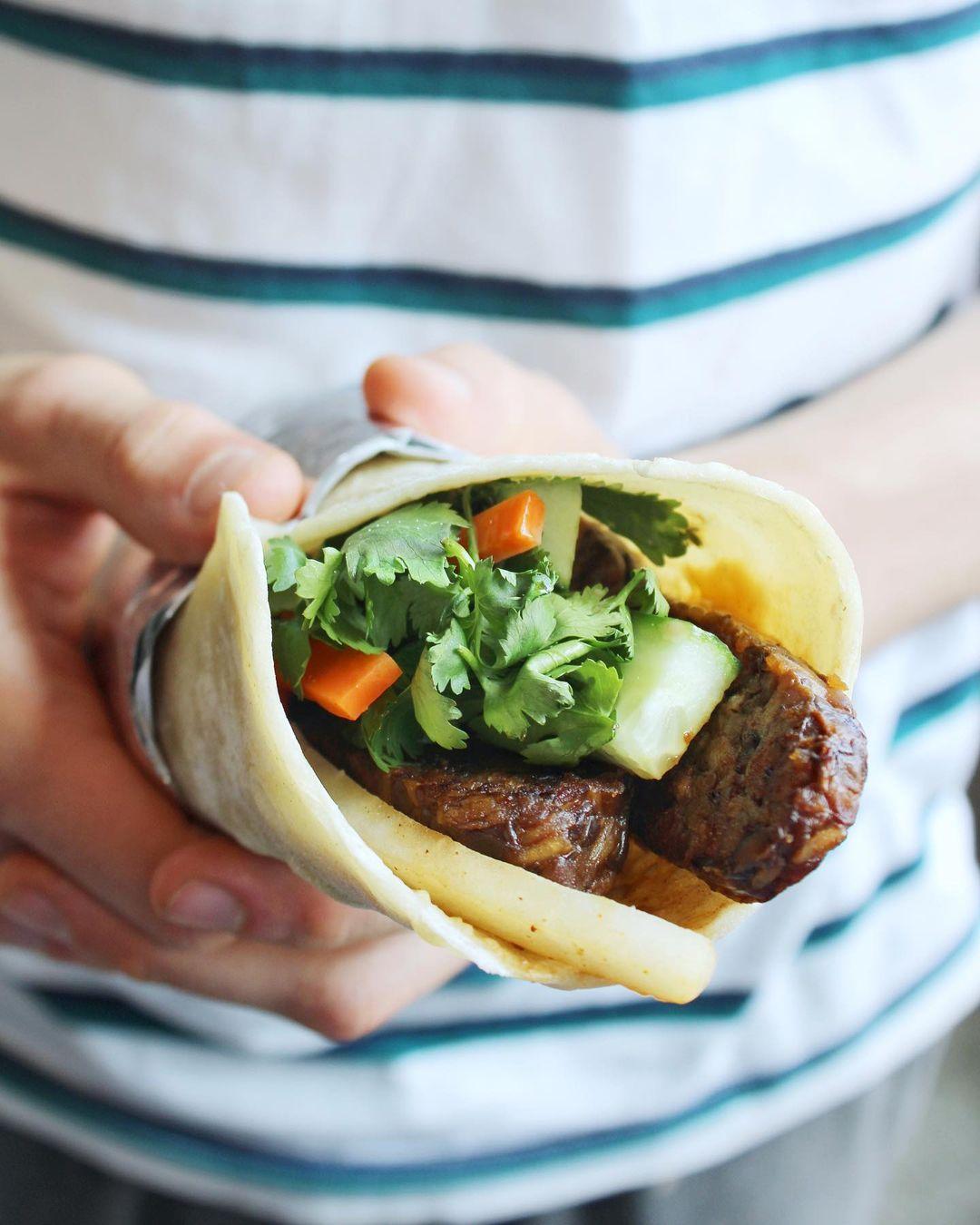Banh Mi Wrap Kinwich Food Truck