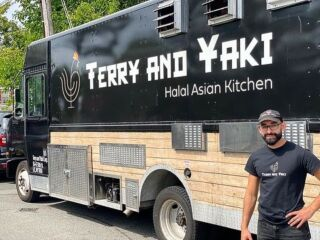 In partnership with @NYCEmergencyManagement & @NYCmayorsoffice, our food truck members are serving free food from 12pm - 6pm across the boroughs where some of the biggest devastation took place as a result of Hurricane Ida.   Check out our story to see where our members are today!
